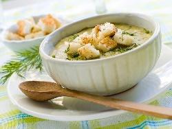 Крем супа (кремсупа) от тиквички, картофи, течна сметана, синьо сирене и копър - снимка на рецептата